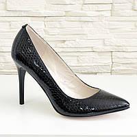 Туфли на шпильке, женские лаковые, рептилия черная. 40 размер