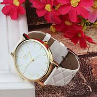 Часы женские наручные кварцевые Geneva с кожаным браслетом