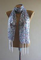 Весенний шарф с кистями. Цветочный принт