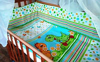 Защита бампер в детскую кроватку Динозаврики зеленый