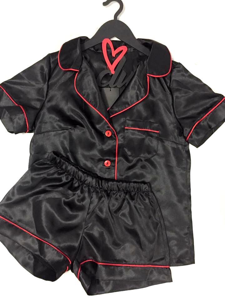 Черный пижамный комплект для дома и сна: рубашка + шортики