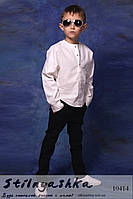 Модный льняной костюм на мальчиков белый с черным
