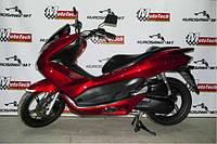 Макси скутер  HONDA PCX 125 (б.у.)(красный) 2011 г.