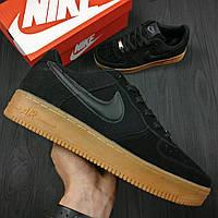 Кроссовки мужские Nike Air Force, чёрные, материал - натуральная замша, подошва прошита