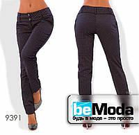 Эффектные женские брюки из стрейч коттона с принтом коричневые