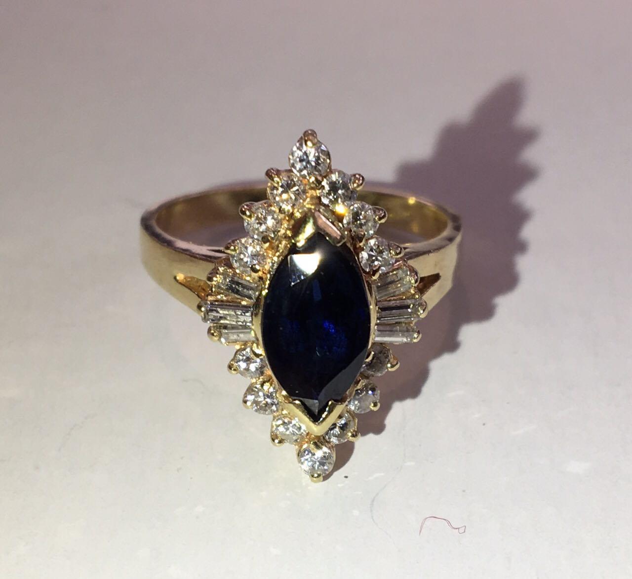 7e6b3e0c663b Золотое кольцо 585 проба ,сапфир и бриллианты. Размер 18 Сертификат ...