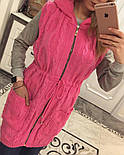 Женский вязаный кардиган-безрукавка на молнии с капюшоном (в расцветках), фото 2