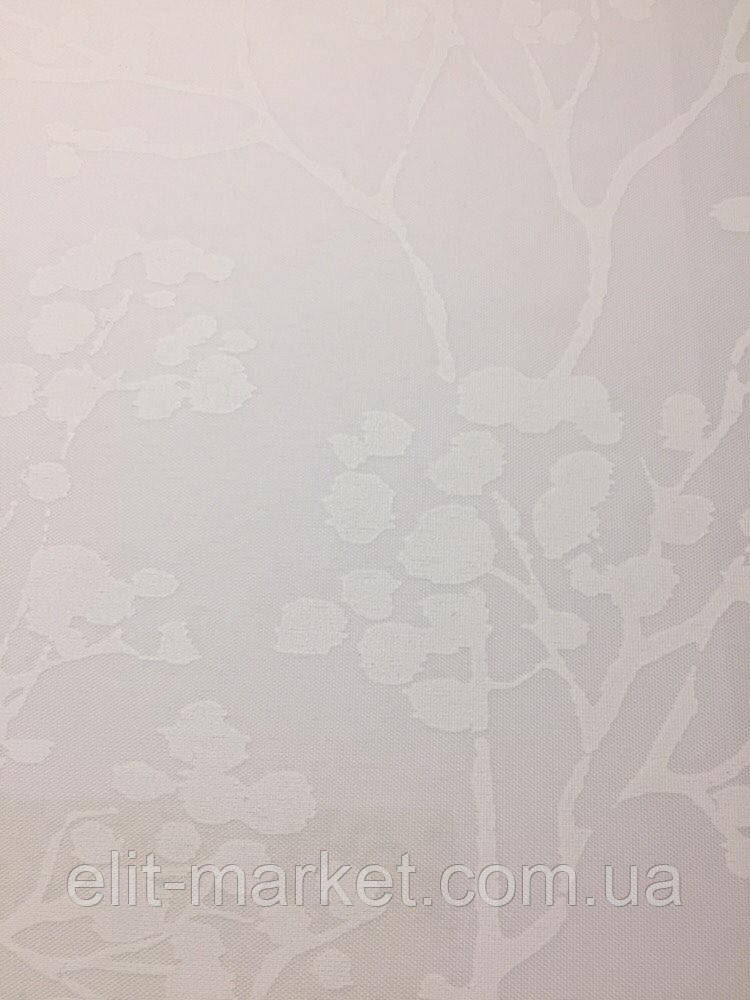 Ролетная штора белая с рисунком ветвь