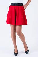 Стильная красная юбка с карманами