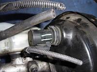 Датчик давления на главный тормозной цилиндрVWTransporter T5 2.5tdi2003-201510631890781