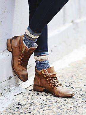 Купить женские сапоги в интернет-магазине обуви Мариго
