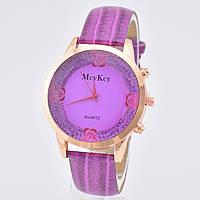 Часы 54800 диаметр циферблата 4.3 см, длина ремешка 18-22 см, фиолетовый цвет