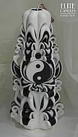 Резная свеча с символом Инь-Янь