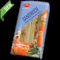 Сендвич с лососем и яйцом