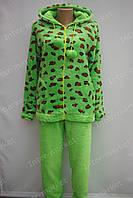 Теплая женская велюровая пижама салатовая