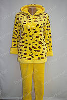 Теплая женская велюровая пижама желтая