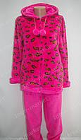 Теплая женская велюровая пижама розовая