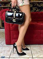 Туфли лодочки в стиле Valentino с шипами