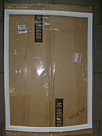 Уплотнитель двери холодильника Indesit C00854014