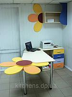 Стол компьютерный для детской комнаты, в офис