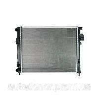Радиатор основной +AC 1.9DCI/2.0 QSP Renault Trafic 2, Opel V4aro