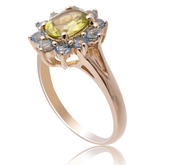 Золотое кольцо с топазами и хризолитом С16Л1№22