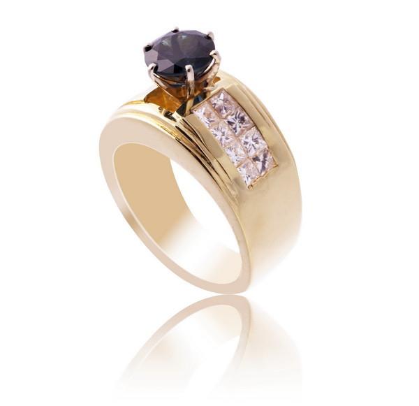 Золоте кільце з діамантами і сапфіром С17Л1№14