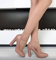Женские туфли на устойчивом широком каблуке, 38 39р.