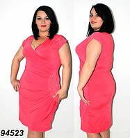 Красивое женское  платье  с драпировкой на талии  кораллового  цвета  50 и 52 размер