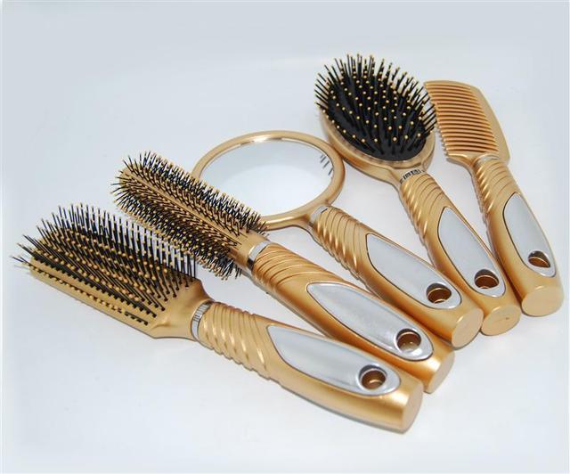 Профессиональные расчески для волос