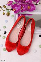 Женские красные повседневные балетки украшены мехом эко-замша