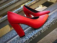 Шикарные кожаные туфли на устойчивом каблуке, фото 1