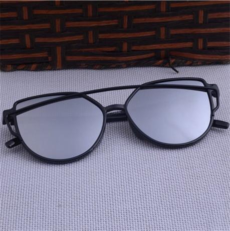 Солнцезащитные очки Cat Eye Silver