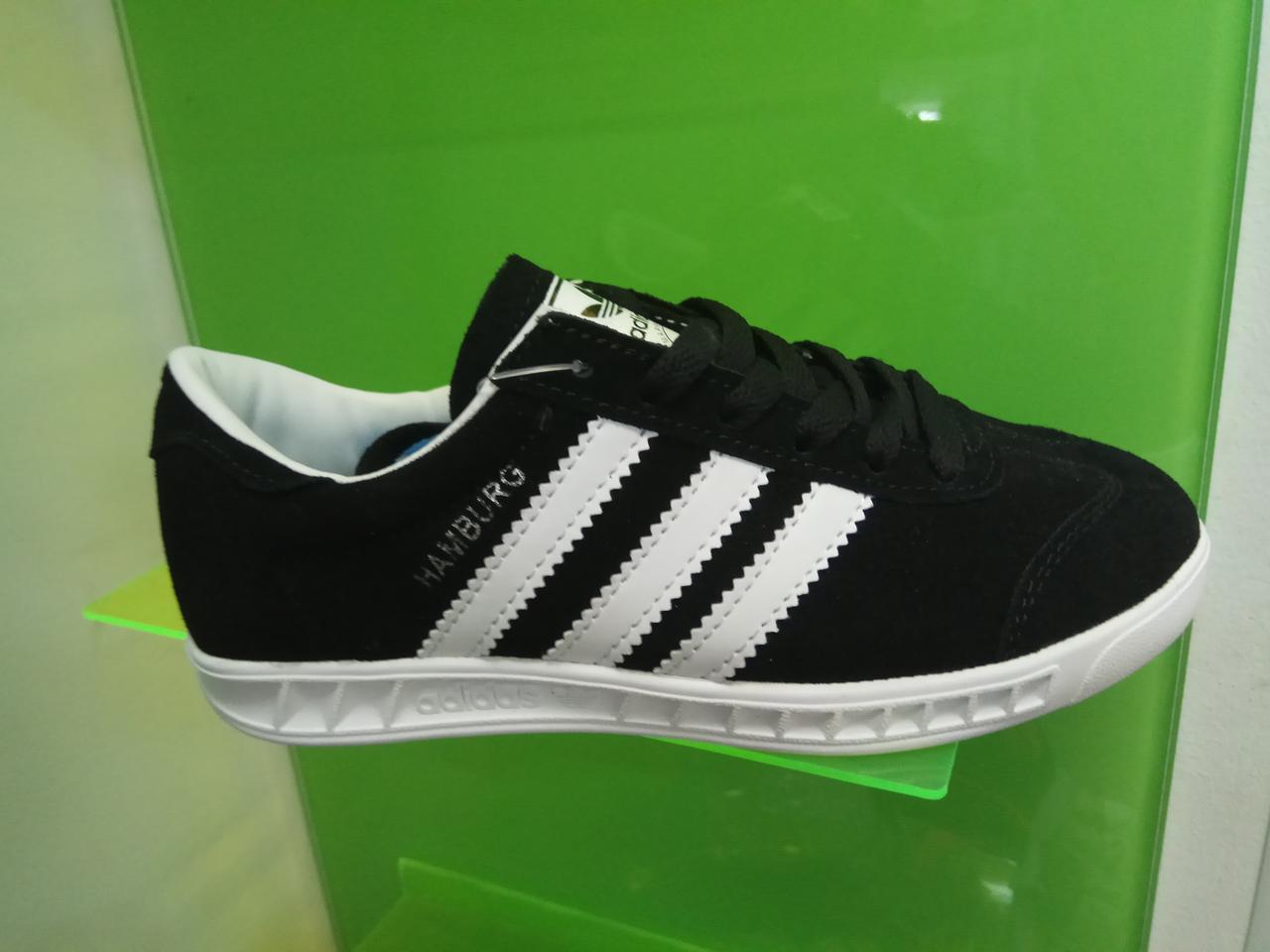 Женские кроссовки Adidas Hamburg черные с белым