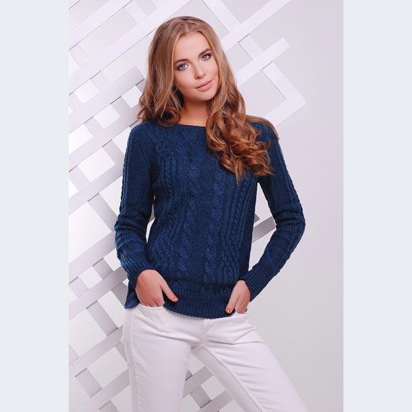 Модный свитер цвета джинс