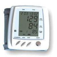 Электронный автоматическийтонометрна запястье UKC BP 210