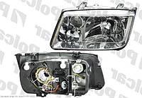 Фара правая VW Bora 98-05