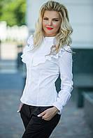 Классическая блуза с рюшами-украшены тонким кружевом.
