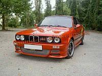 Передний бампер M Tech 2 на BMW 3 E30 1982-1991