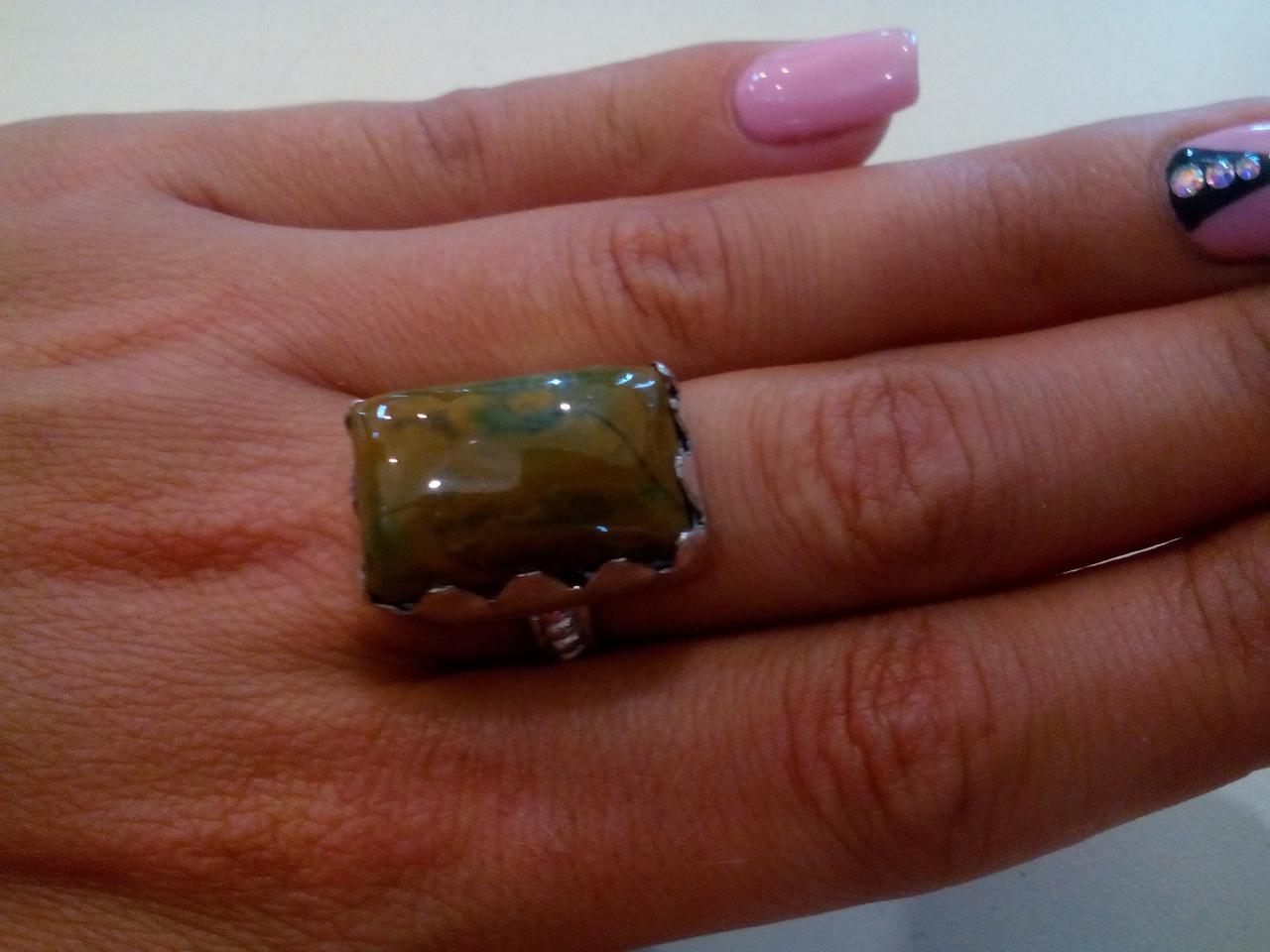 Яшма кольцо с яшмой в серебре. Размер 18-18,5. Индия!