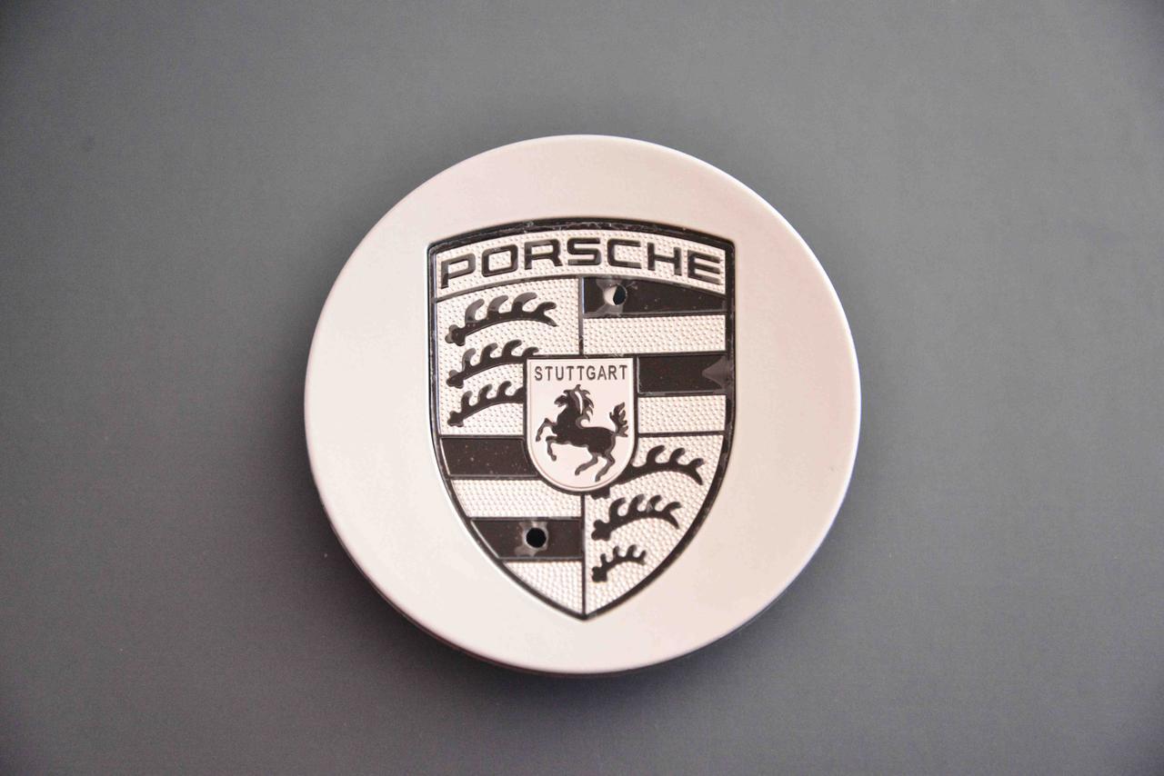 Колпачки заглушки на литые диски в диски Порше Porsche (77/59/14)....5 601 149A черный