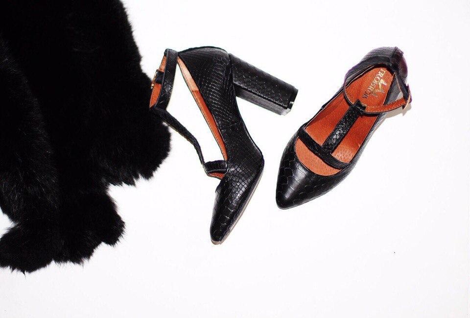 Женские туфли черные питон на толстом каблуке натуральная кожа - ГЛЯНЕЦ  83ecb394c2f70