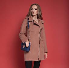 """Демисезонное женское пальто """"Силуэт"""" кемел, 44"""