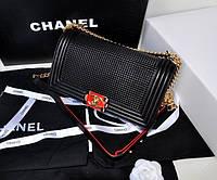 Сумка женская Chanel кожаная черного цвета
