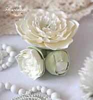 """Подарок девушке . Заколка с цветами """"Жемчуг"""". Украшение для волос на свадьбу, 1 сентября. ., фото 1"""