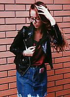 Женская стильная черная куртка-косуха