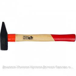 Молоток с деревянной рукояткой 500 гр