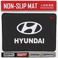 Авто коврик на панель Hyundai 135x190mm