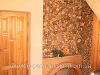 Облицовка стен натуральным камнем кварцит