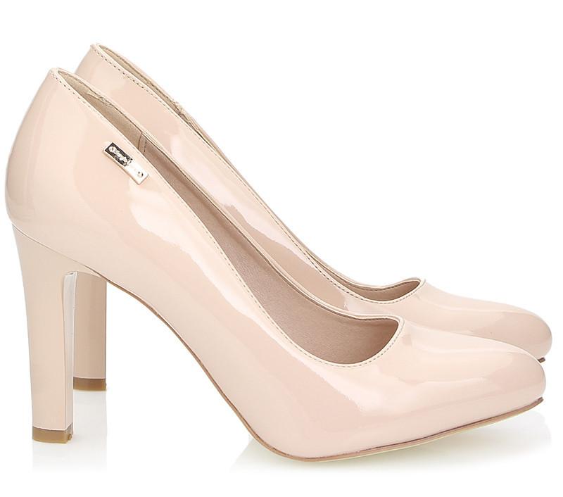 Комфортные женские туфли на каблучке бежевого цвета